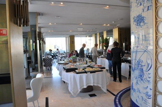 Altis Avenida Hotel: Ontbijtruimte / restaurant
