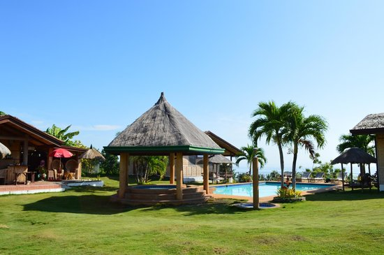 Bodos Bamboo Bar Resort: swimming pool area