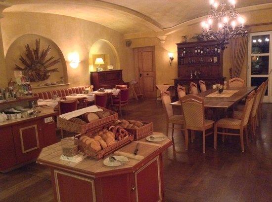 Hotel Garmischer Hof: Breakfast
