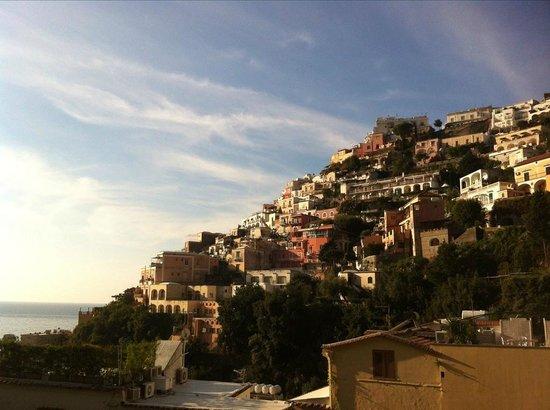 Hotel La Bougainville : Positano Morning . Veiw from terrace