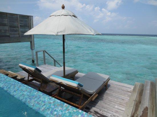 Anantara Kihavah Maldives Villas: View