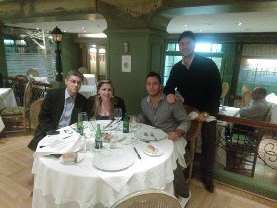 Regal Pacific Hotel: En el Restaurante