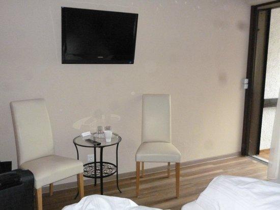 Bellevue Hotel: Zimmer mit Sitzgelegenheit