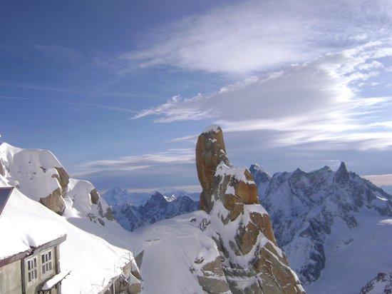 Les Balcons Du Savoy: Aiguille Du Midi 3842m