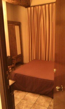 Hotel ANDRIA: Wardrobe