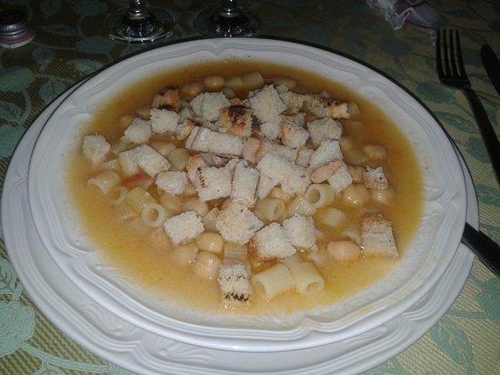 Ristorante 75: minestra pasta e ceci. Squisita