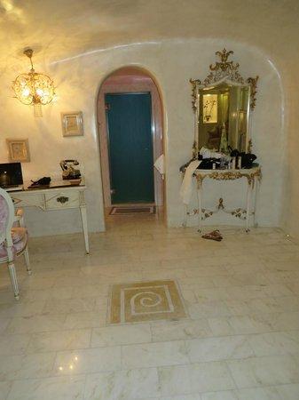 Art Maisons Luxury Santorini Hotels Aspaki & Oia Castle : Eros Suite