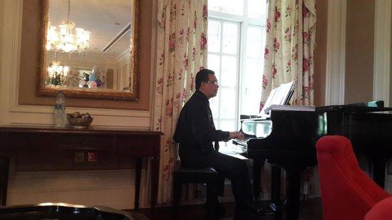Carcosa Seri Negara: Piano Music