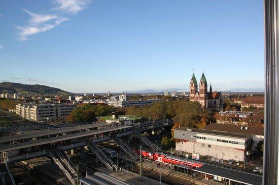 InterCityHotel Freiburg: Ausblick vom Zimmer