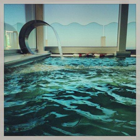 Savoia Hotel Rimini: il centro spa con vista mare