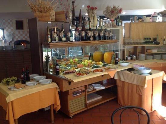 Buffet picture of ristorante pizzeria porta montanara - Porta montanara imola ...