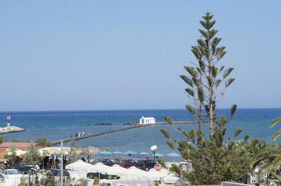 Georgioupolis Beach Hotel : Вид из номера