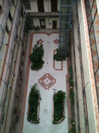 Silver Hotel Budapest : belle courette