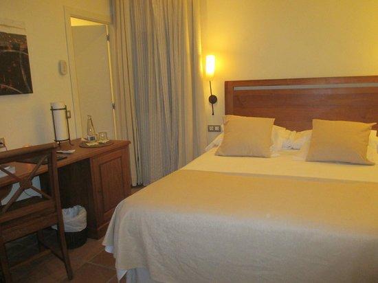 Hotel El Convent: Habitacion