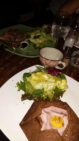 Sarrasin: Crepe presunto + emental / Crepe ao salmão