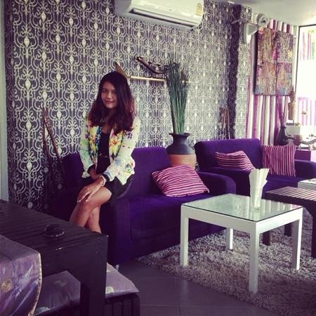chill at Aroma Boutique