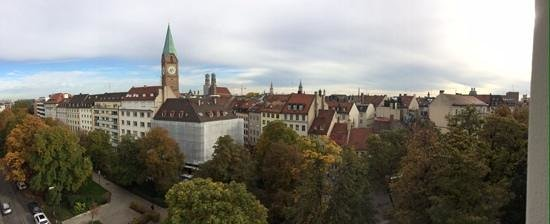 Motel One Muenchen-Sendl. Tor: cracking view