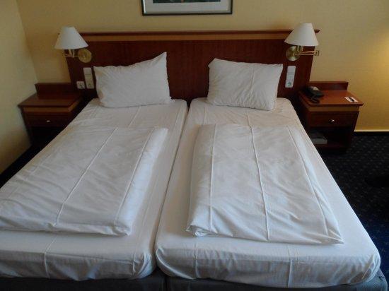 Mercure Hotel Trier Porta Nigra: beds
