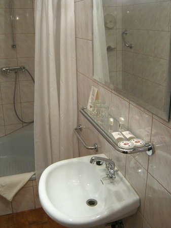 Hotel Polski Pod Bialym Orlem : chambre 202