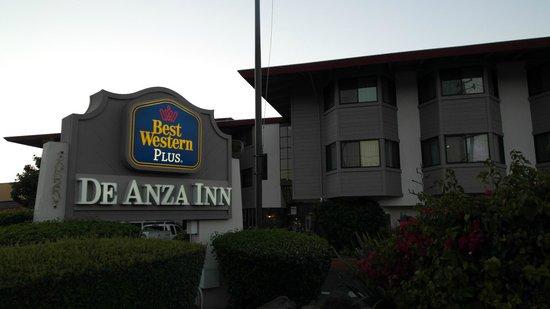 Best Western De Anza Inn: Hotelansicht