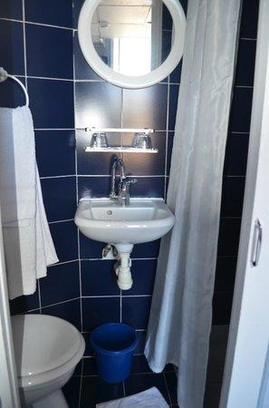 Hotel Mignon: salle de bain