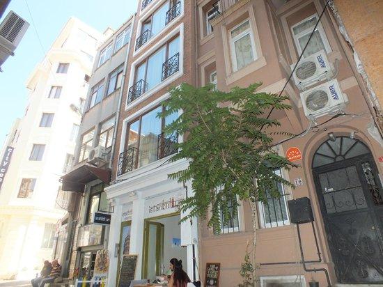 Taksim 9 Suites Apartments D Cephe