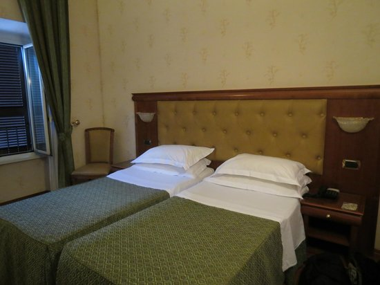Hotel Serena : Comfortable beds