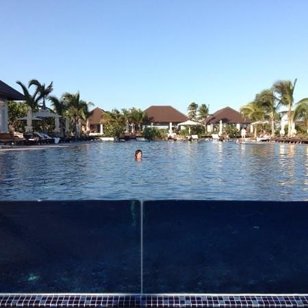 The Residence Zanzibar: la piscine principale pas la foule non plus