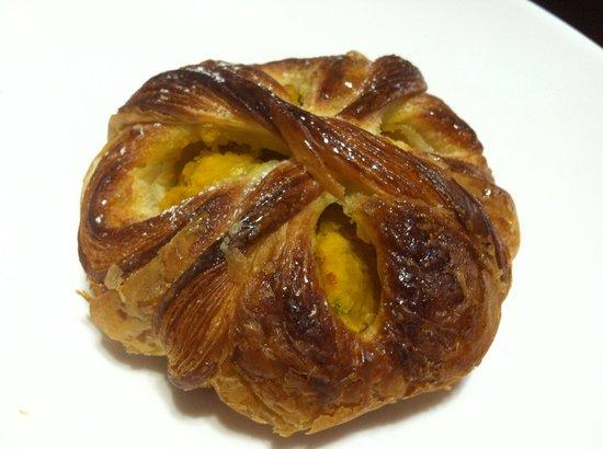 Boule Beurre Boulangerie : Boule Beurre Pumpkin Pastry