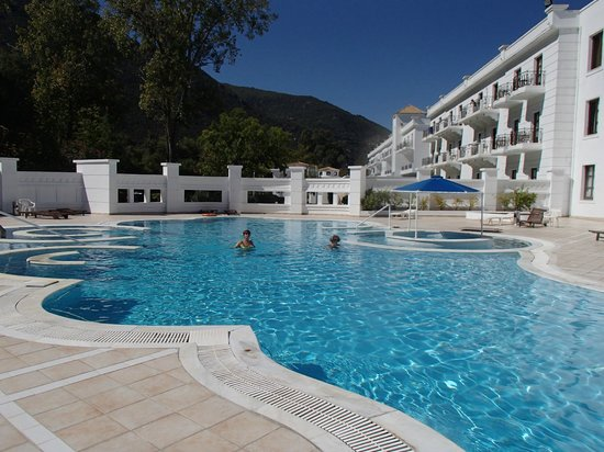 Mitsis Galini Wellness Spa & Resort  Pool area