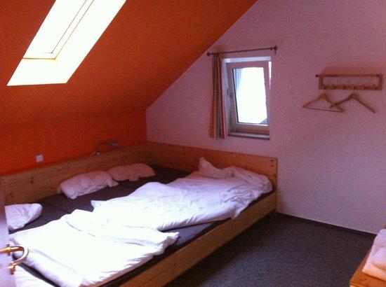 Outdoor Inn Sporthotel : Zimmer 1