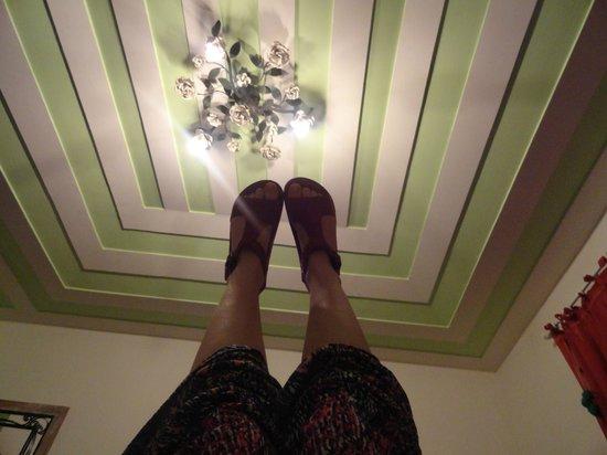 Pousada Boutique Bella Nina: Detalles hasta en los techos de las habitaciones.