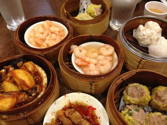 Silver Dragon Restaurant: Try as much as possible!
