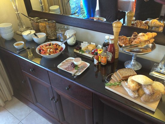 Dongola Guest House: Breakfast buffet