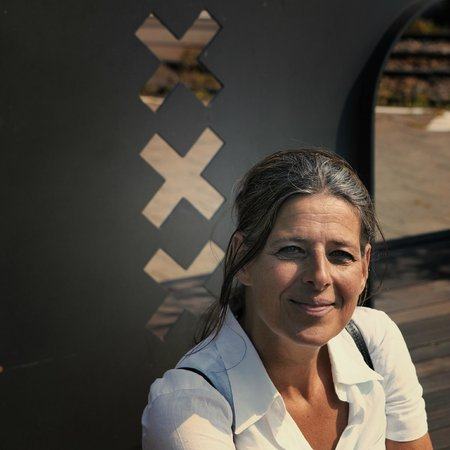 Guided Tours Amsterdam: Emilie - Founder & owner Over Holland Tours