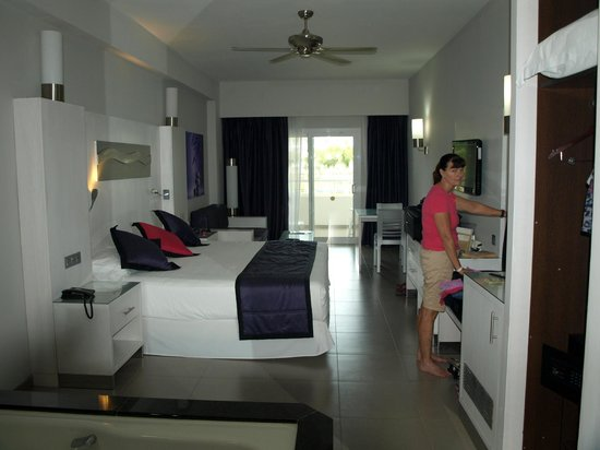 Room picture of hotel riu palace costa rica sardinal for T and c bedrooms reviews