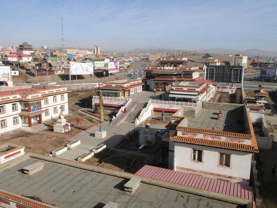 Kharkorum Hotel: Вид на храм из двухместного номера