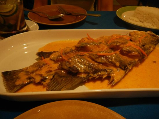 Jao Jong Seafood: Penang curry sea bass