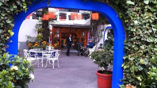 Hotel Casa Gonzalez: Inner courtyard