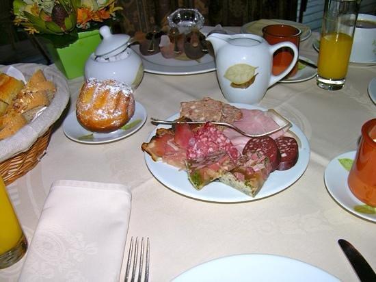 Hôtel des Berges : Frühstück