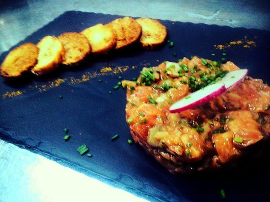 Casino d'Argentona: Tartar de salmon