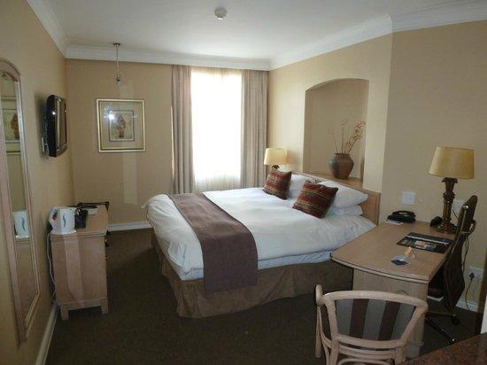 Protea Hotels Pretoria Centurion : chambre standard