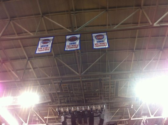 Palace of Auburn Hills: Championship banners from some time ago.....