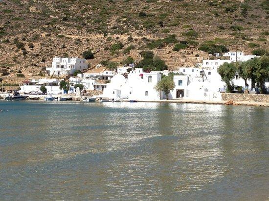 Vathi Beach: Il villaggio