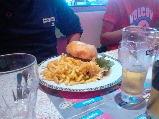 Cafe Racer Diner : le mac PAU
