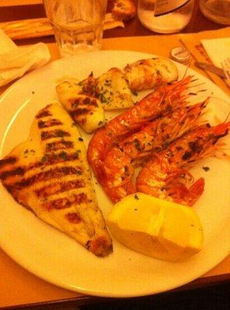 Perche' No: grigliata di pesce