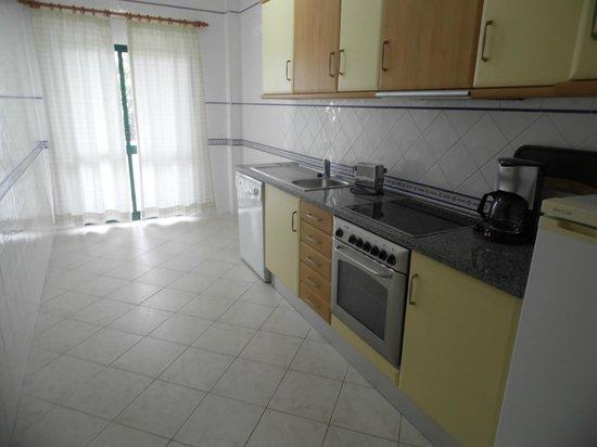 Cerro Mar Atlantico Touristic Apartments: Kitchen 1 Bed Apartment Atlantico 3