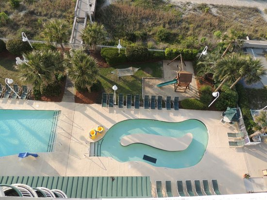 Hampton Inn & Suites Myrtle Beach/Oceanfront: Pool/Strandbereich