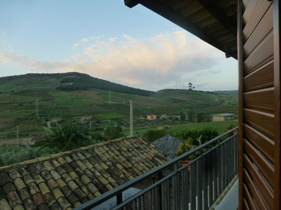 Due Ganee Agriturismo: view out of the room door