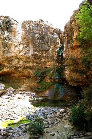Malealea Lodge: the Bosto'ela waterfalls, a bit dry